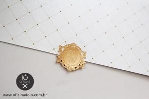 Lacre-de-metal-Dourado-Convite-de-Casamento
